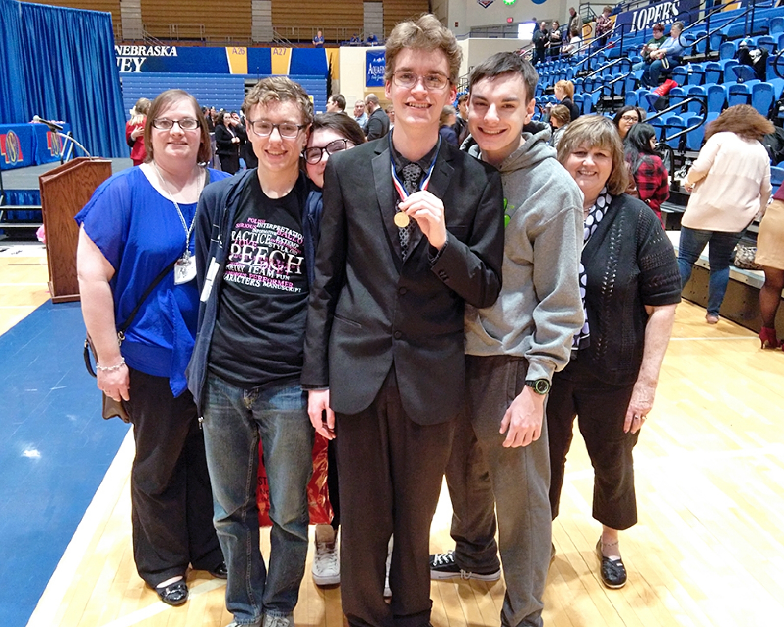 Hurd tops state podium in humorous speech at his final contest as a Mustang